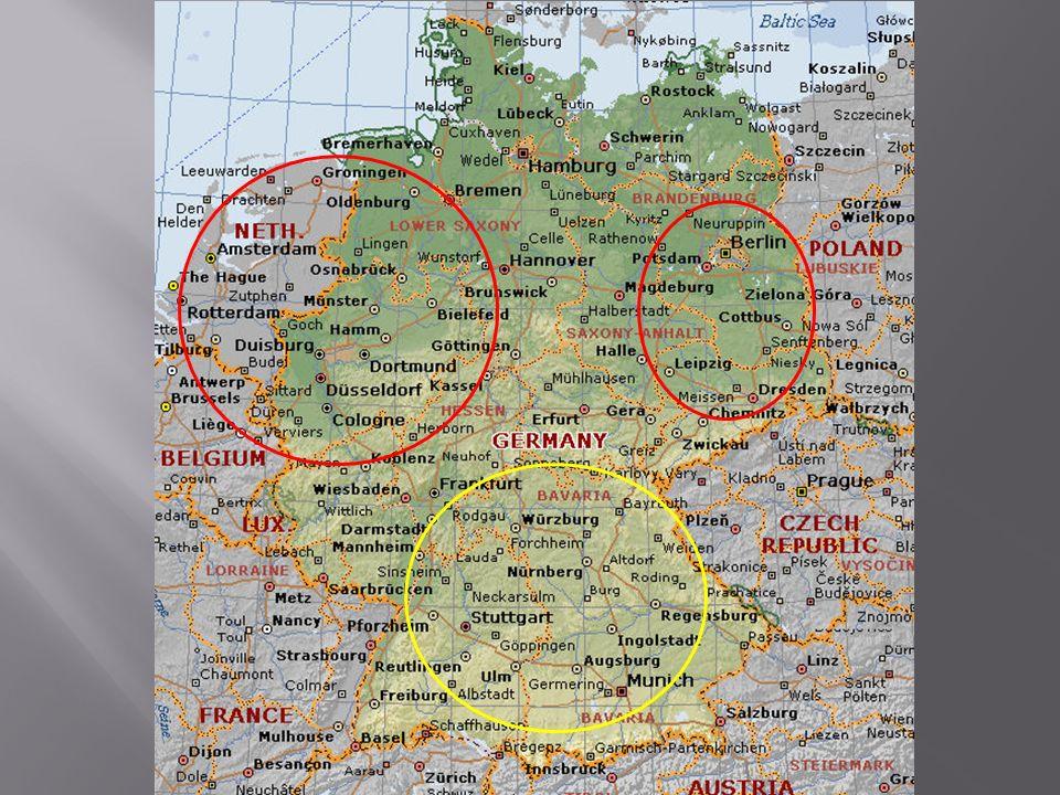 Unificação Tardia Diferenças norte x sul Crise Econômica: PIIGS Setores em que se destaca: Mecânico, Moda, Automobilistico, Turismo, Alimentos Setores Tradicionais: Norte (Vale do rio Pó) Setores Modernos: Centro-Sul