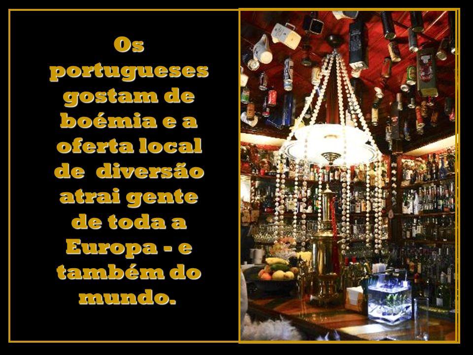 Em Lisboa, vá às Docas, junto ao Tejo, e oiça os melhores DJs.