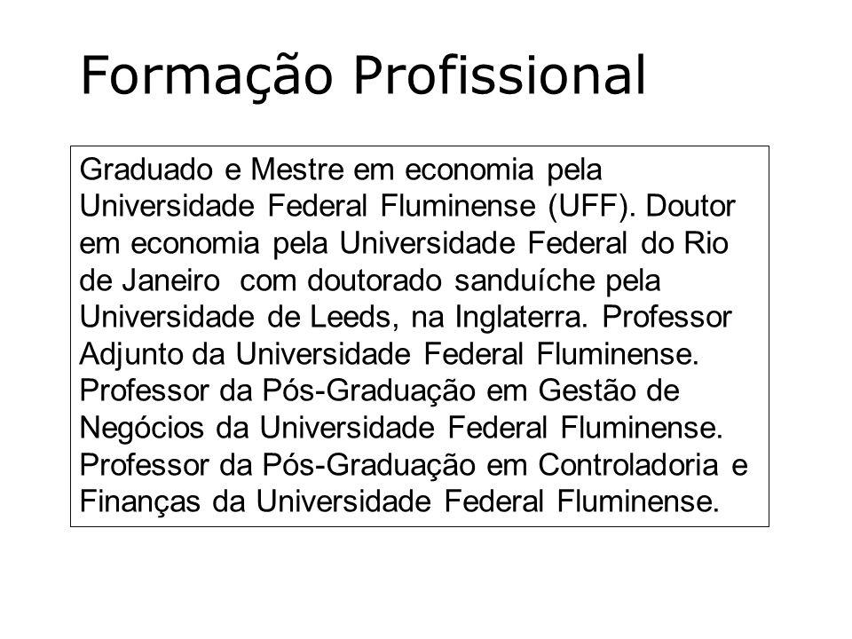 Graduado e Mestre em economia pela Universidade Federal Fluminense (UFF). Doutor em economia pela Universidade Federal do Rio de Janeiro com doutorado