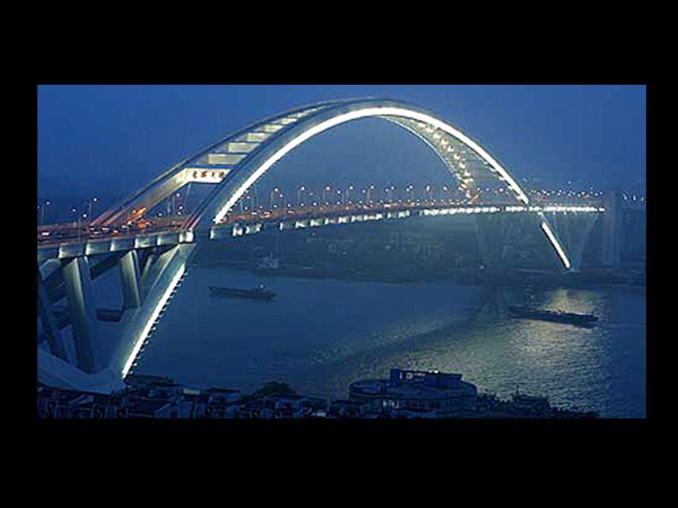 9 É a maior ponte sobre o mar do mundo ( 36 km)