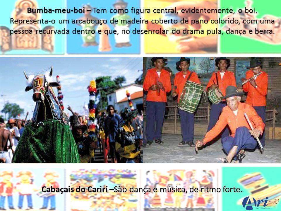 Torém – É dança que Almofala (Acaraú), herança dos índios tremembés, que habitavam a região.
