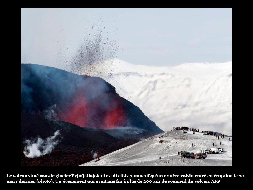Dans le sud-est de lIslande, la visibilité était par endroits de moins de 150m jeudi matin. Les agriculteurs ont reçu la consigne de garder leurs bête