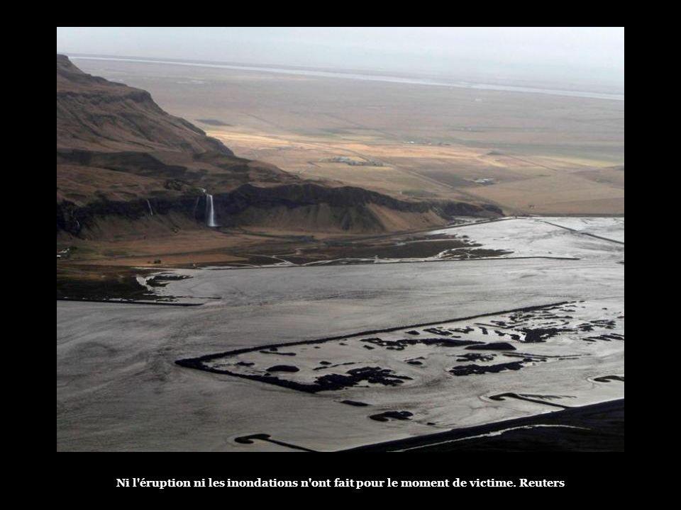 Image satellite de l'éruption du volcan. Nasa