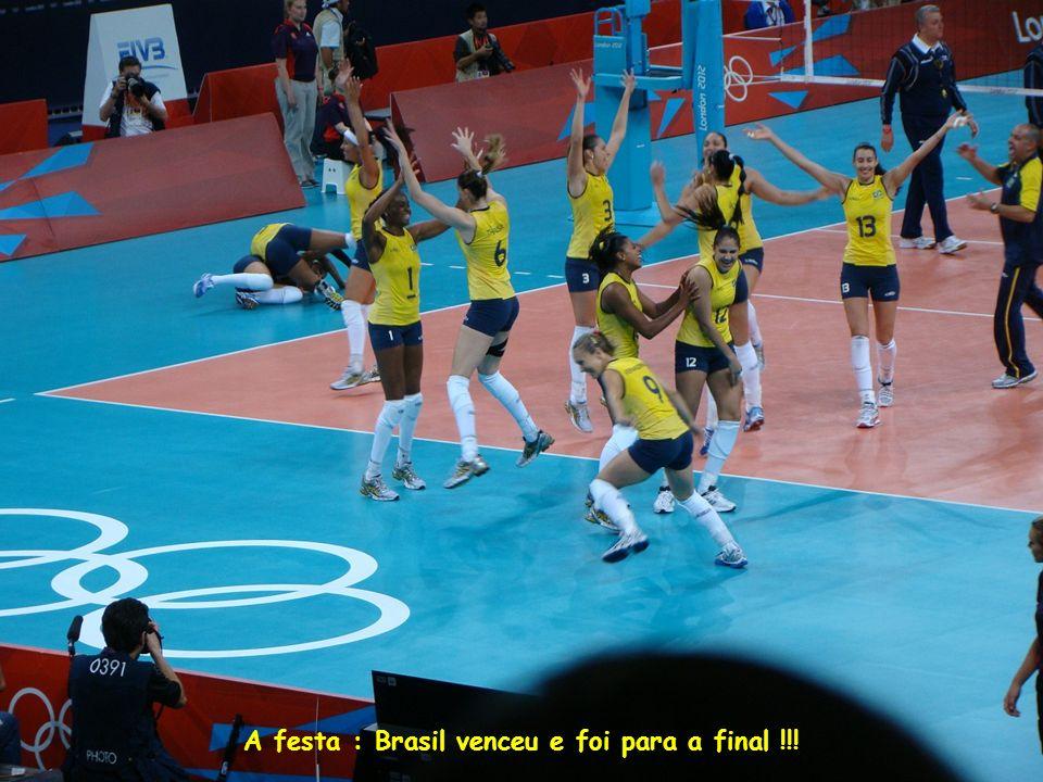 A festa : Brasil venceu e foi para a final !!!