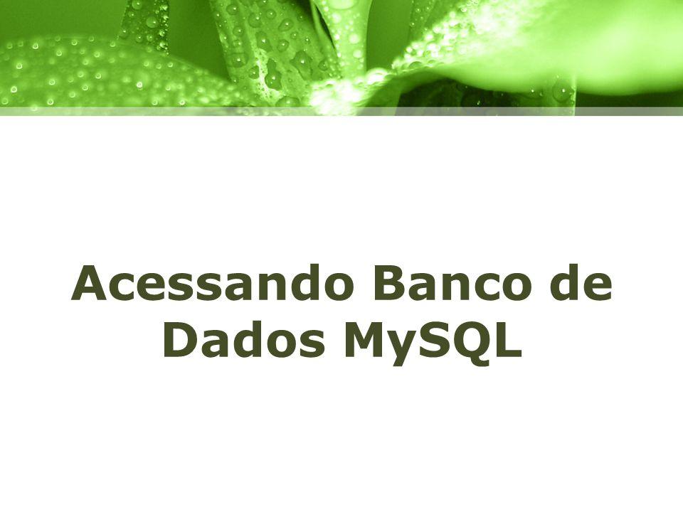PHP & MySQL PHP e MySQL formam uma dupla extremamente famosa da internet; Acessar um banco de dados MySQL utilizando PHP não é difícil; Utilizamos uma função que abre uma conexão com um servidor e a partir deste momento podemos lidar facilmente com esta conexão, inserindo, atualizando, apagando ou obtendo dados do banco.