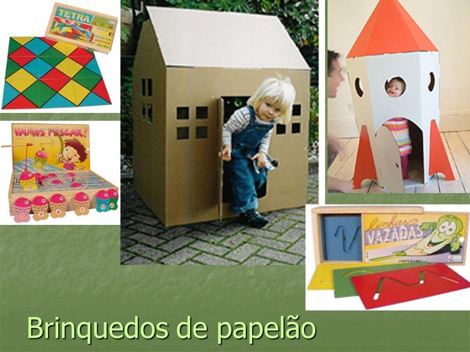 Brinquedos de papelão