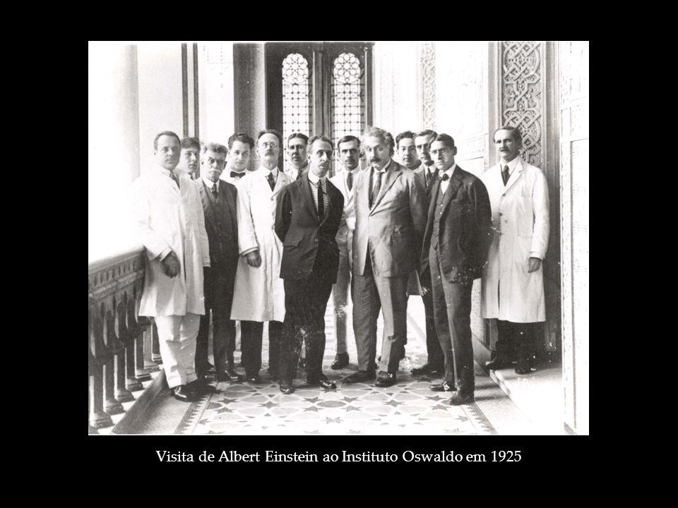 Visita de Albert Einstein ao Instituto Oswaldo em 1925