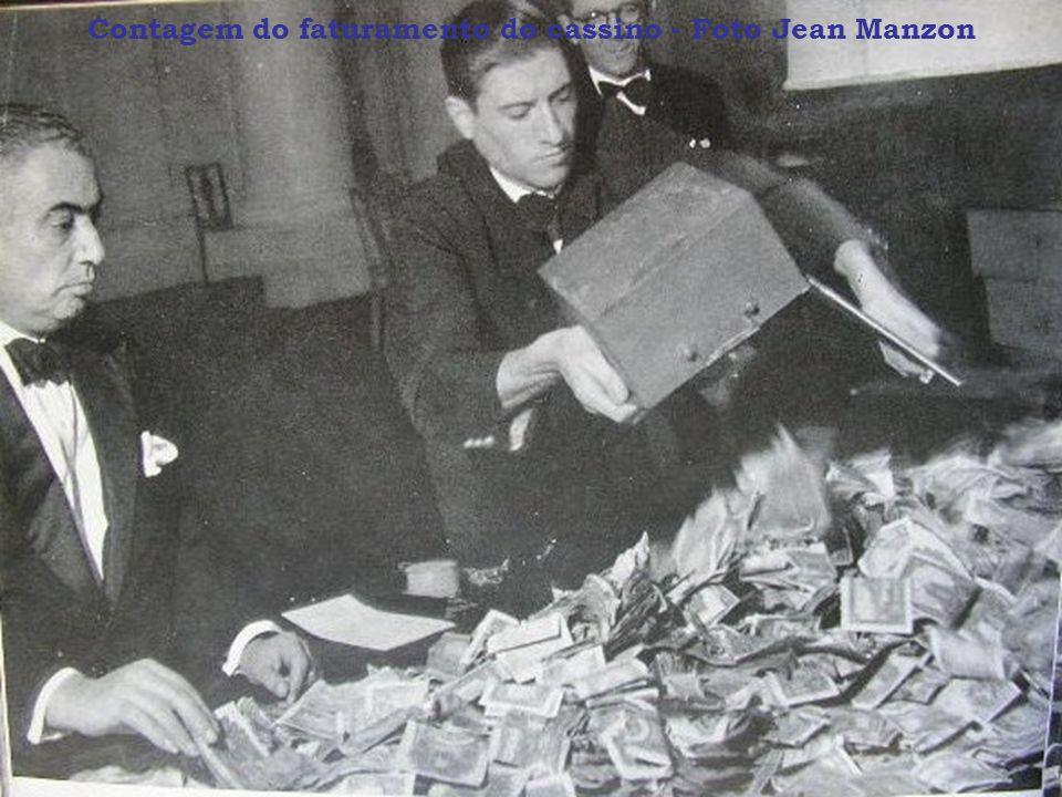 Contagem do faturamento do cassino - Foto Jean Manzon