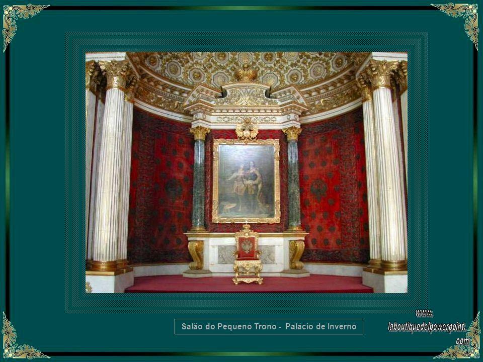 Trono no Hall São Jorge - Palácio de Inverno