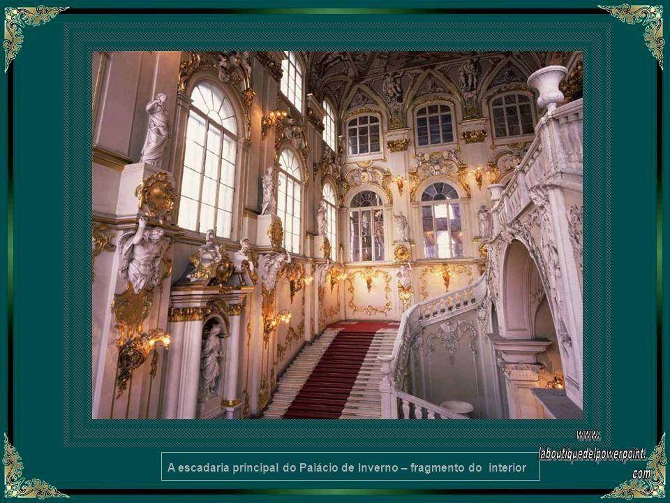 A escadaria principal do Palácio de Inverno – fragmento do interior