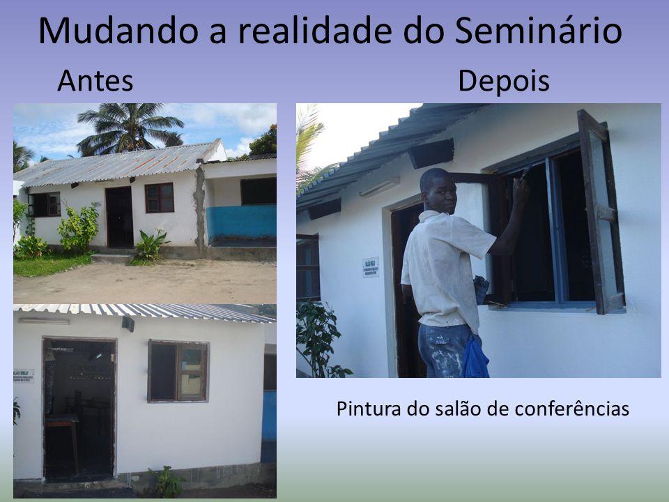 Mudando a realidade do Seminário AntesDepois Pintura do salão de conferências
