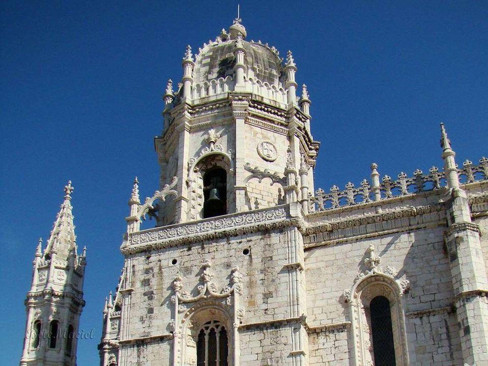 O Mosteiro dos Jerónimos é um mosteiro manuelino, testemunho monumental da riqueza dos descobrimentos portugueses. Situa-se em Belém, Lisboa, à entrad