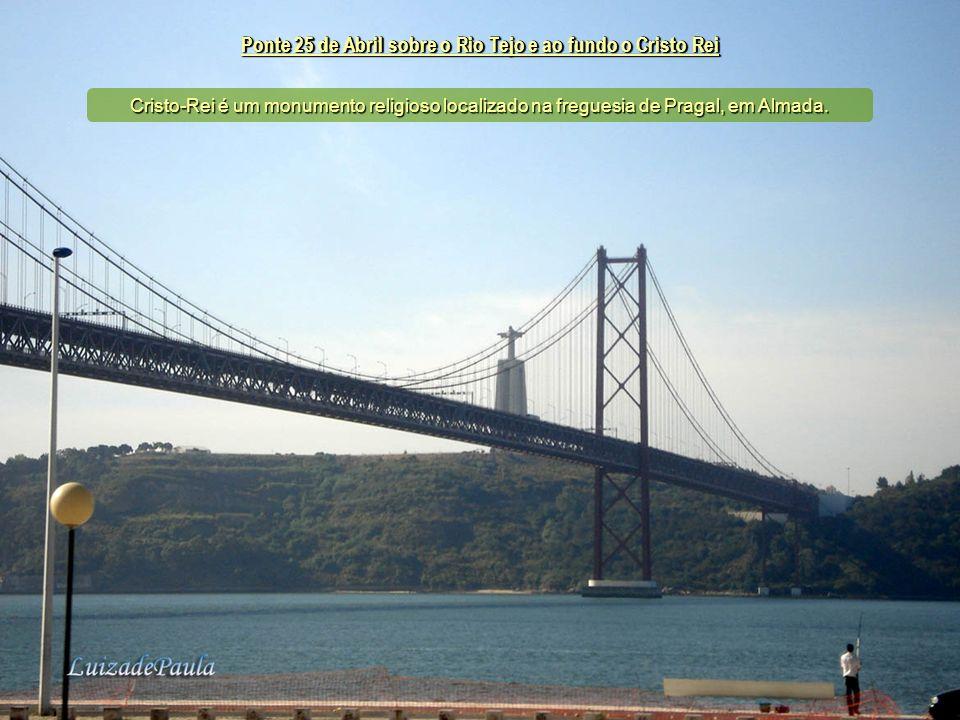 Ponte 25 de Abril sobre o Rio Tejo
