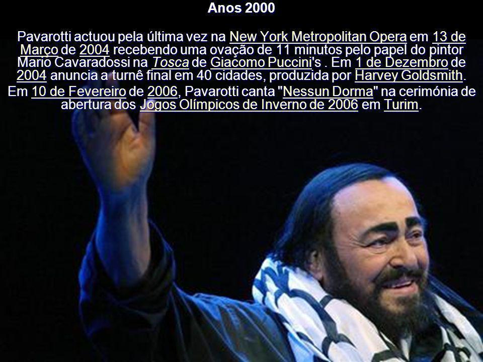 Anos 2000 Em 2003 publica a sua última compilação, Ti Adoro. Casa com a sua assistente, Nicoletta Mantovani, com quem teve dois filhos; devido a compl