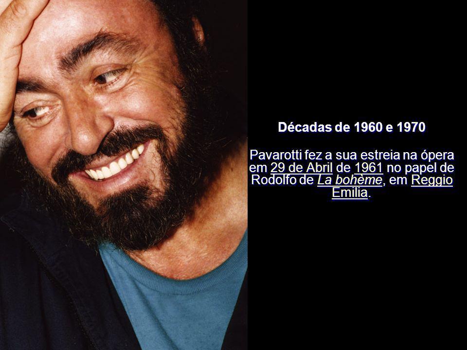 Era considerado um dos mais importantes tenores de todos os tempos. Cantou nos mais importantes teatros mundiais, como sendo o Teatro alla Scala (Milã