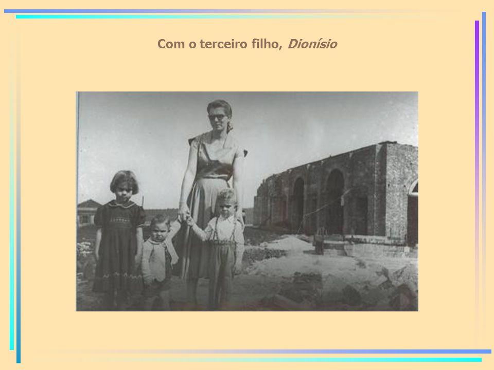 Com o terceiro filho, Dionísio