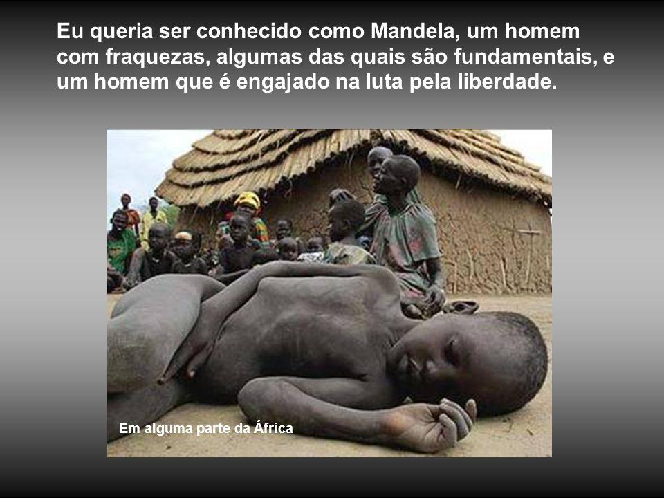 Costa do Marfim Isso foi uma das coisas que me preocuparam - ter ascendido à posição de semi-deus - pois daí em diante você não é mais um ser humano.