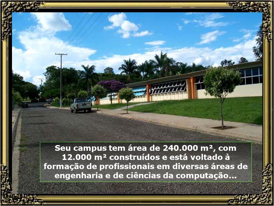 Fundação Municipal de Ensino, mantenedora da Escola de Engenharia e do Colégio Técnico e Industrial de Piracicaba, atua desde outubro de 1967, na form