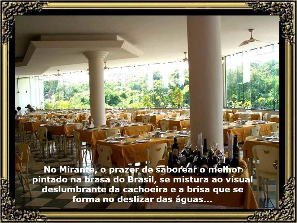 Cachoeira do rio piracicaba, tendo ao fundo o Restaurante Mirante, o mais nobre e tradicional restaurante de Piracicaba...