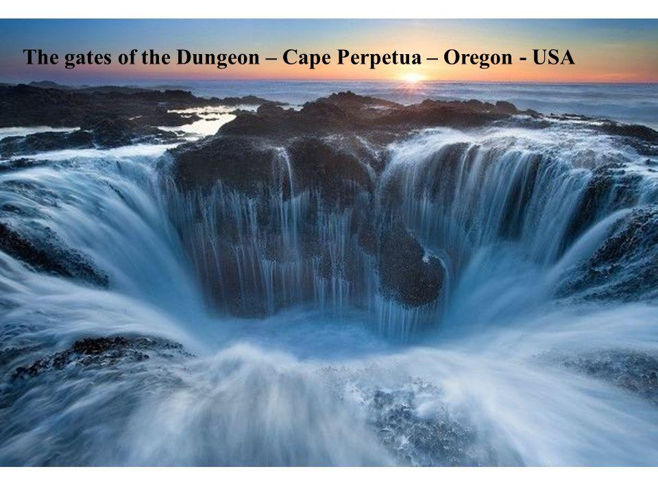 The gates of the Dungeon – Cape Perpetua – Oregon - USA