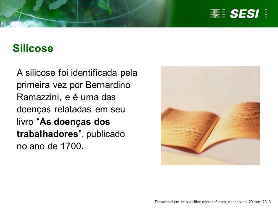 A silicose foi identificada pela primeira vez por Bernardino Ramazzini, e é uma das doenças relatadas em seu livro As doenças dos trabalhadores, publi