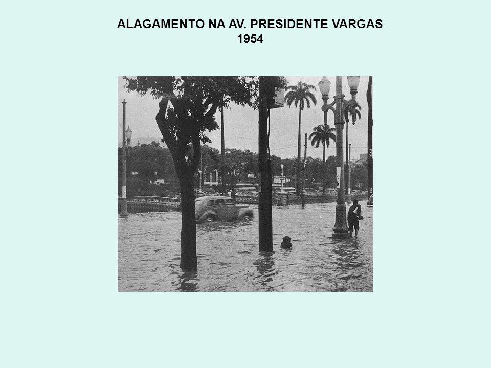 TUNEL NOVO E AV. PRINCESA ISABEL Copacabana Anos 50
