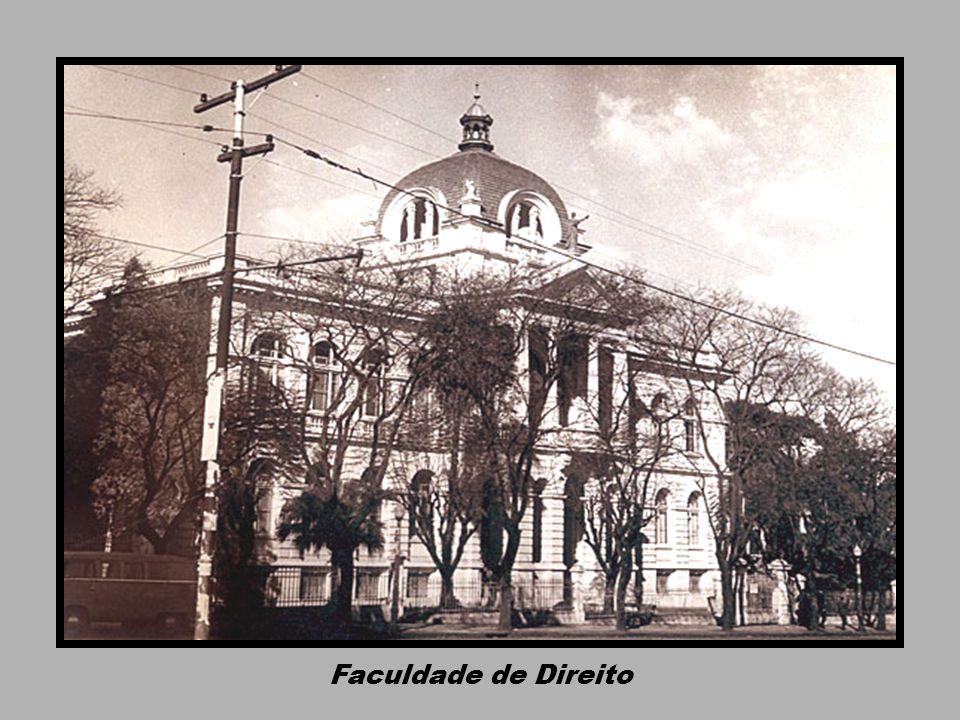 Quartel do 7. Batalhão de Caçadores Esquina das ruas Duque e João Pessoa