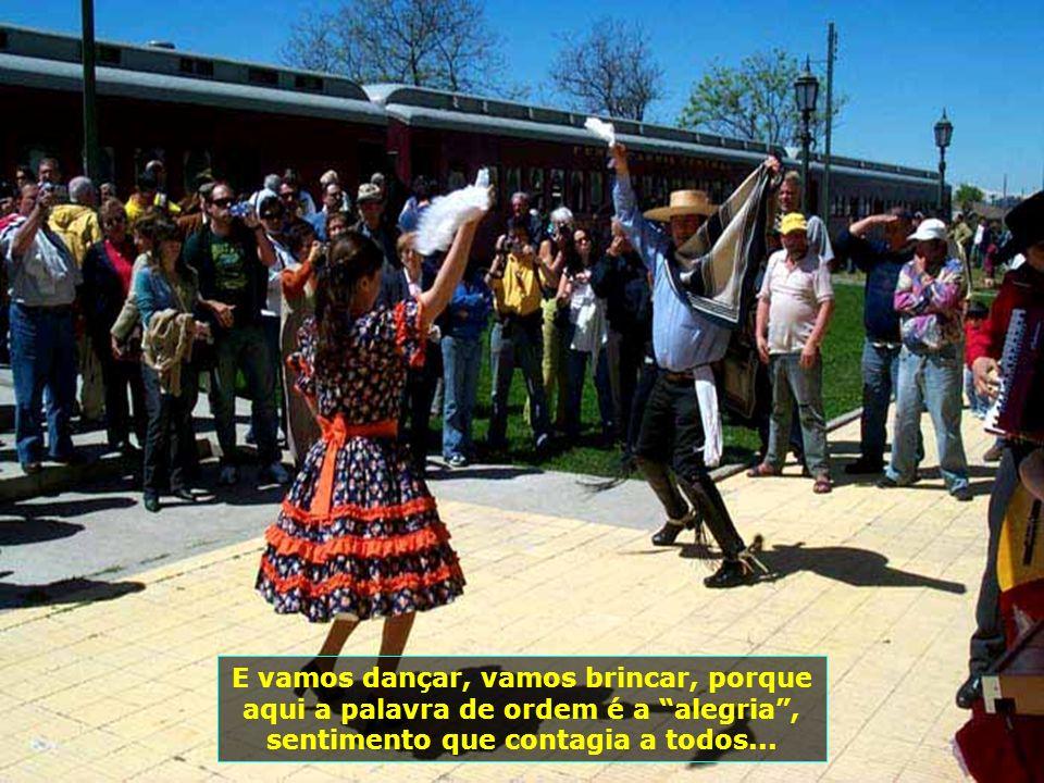 A chegada na província de Santa Cruz é marcada por grande festa, com as gostosas músicas chilenas, danças típicas. É muita emoção...