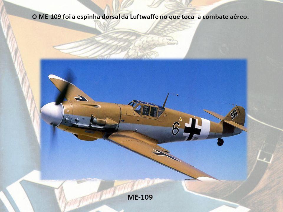 Junkers-88 D O Junkers 88 foi utilizado como bombardeiro estratégico no bombardeamento de Londres.