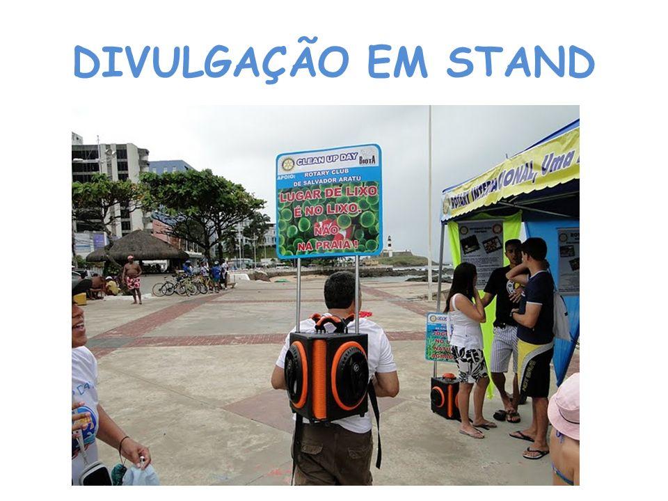 DIVULGAÇÃO EM STAND