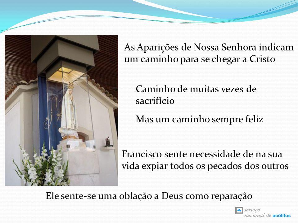 Francisco é um Místico Francisco dá tempo a Deus na oração e na contemplação Cristo Sacramentado é o centro da vida do pastorinho Apesar da contemplação, a atitude de Francisco é de entrega e serviço