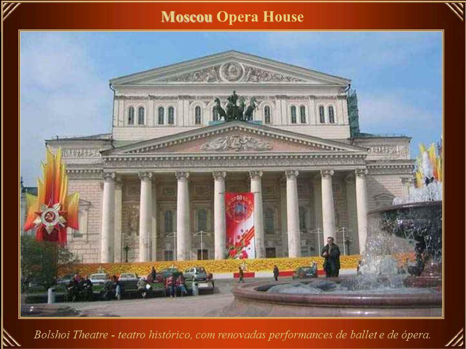 Milão Milão Opera House Madame Butterfly - Puccini Cortina final - Mihoko Fujimura (Suzuki )
