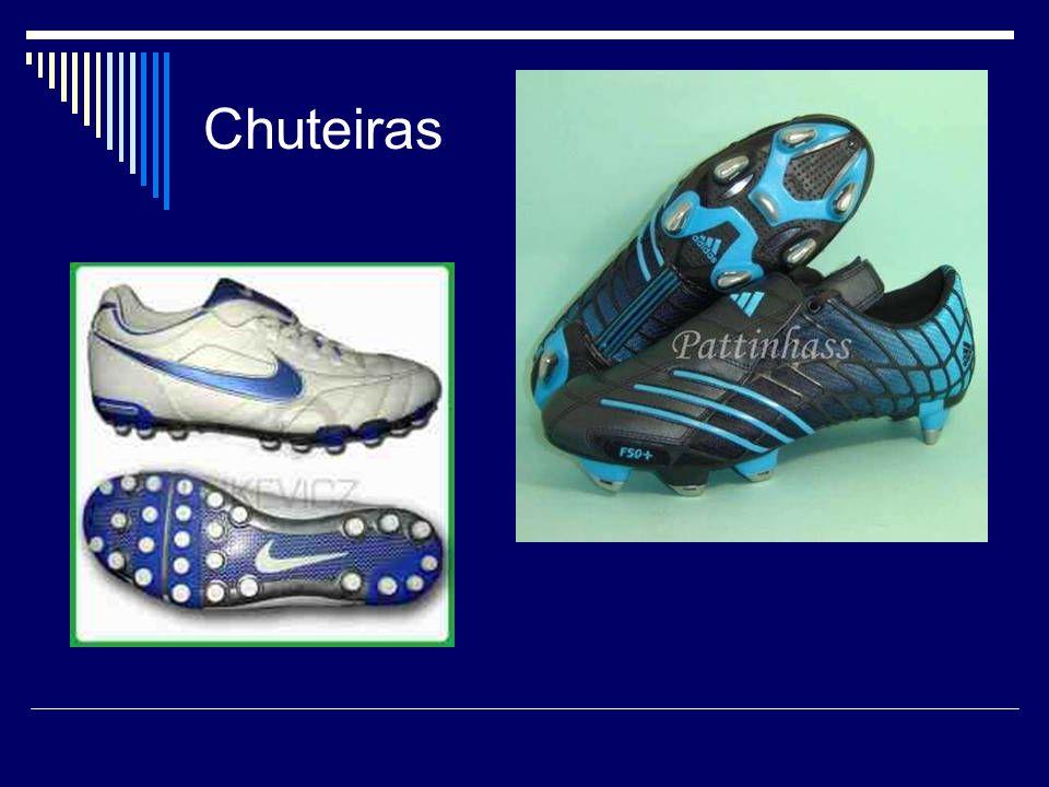 Para os pés dos jogadores, o polipropileno, utilizado na fabricação das chuteiras, além de resinas de poliuretano, elastômeros e adesivos especiais, tudo para que elas se tornem mais leves e resistentes.