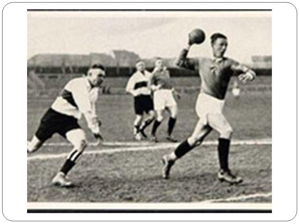 RECEPÇÃO Recepção - é a ação específica de receber, amortecer e reter a bola de forma adequada nas diferentes posições e situações em que o jogador for solicitado.