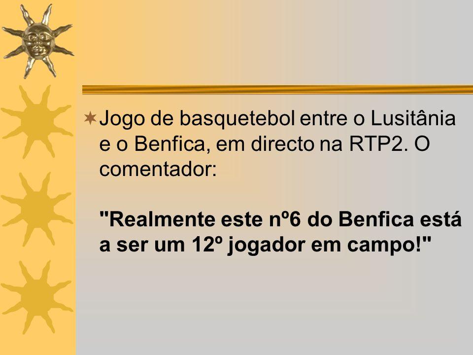 Jogo de basquetebol entre o Lusitânia e o Benfica, em directo na RTP2. O comentador: