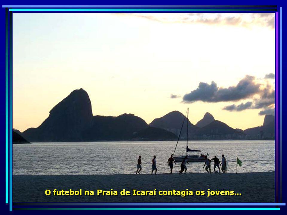 Parque da Cidade, reserva biológica e florestal do município, localiza-se no Morro da Viração a uma altitude de 270 metros.