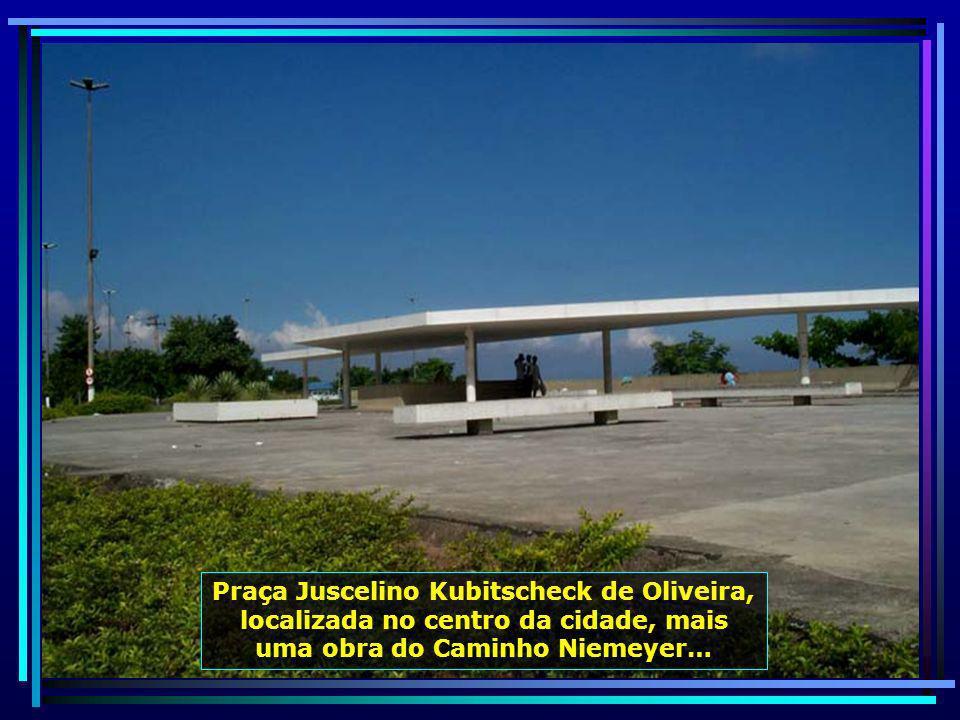 Teatro Popular, em fase de construção, integra o Caminho Niemeyer, um conjunto de 11 obras do renomado arquiteto Oscar Niemeyer…