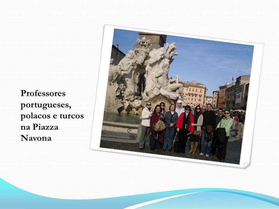 Professores portugueses, polacos e turcos na Piazza Navona