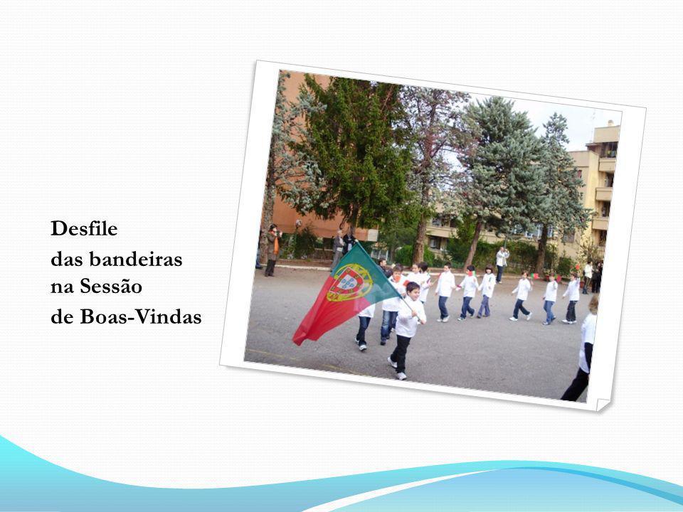Desfile das bandeiras na Sessão de Boas-Vindas