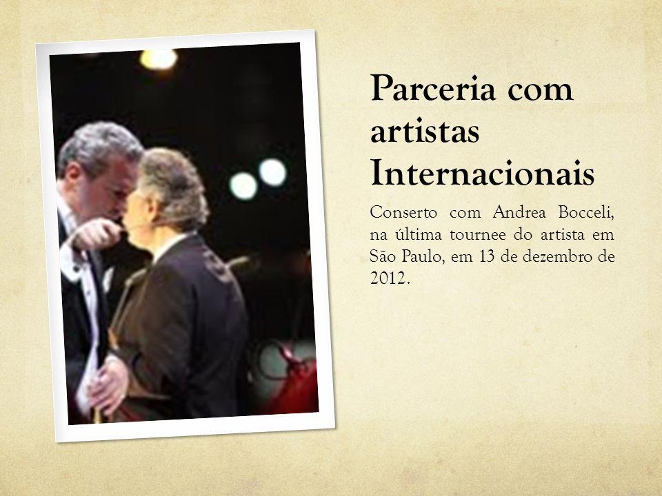 Parceria com artistas Internacionais Conserto com Andrea Bocceli, São Paulo, ano de 2012, consagração Internacional da Orquestra Sinfonica de São Paulo