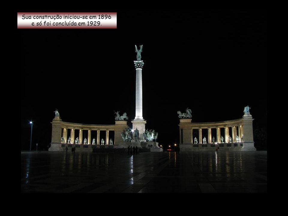Também conhecida como Memorial do Milênio...