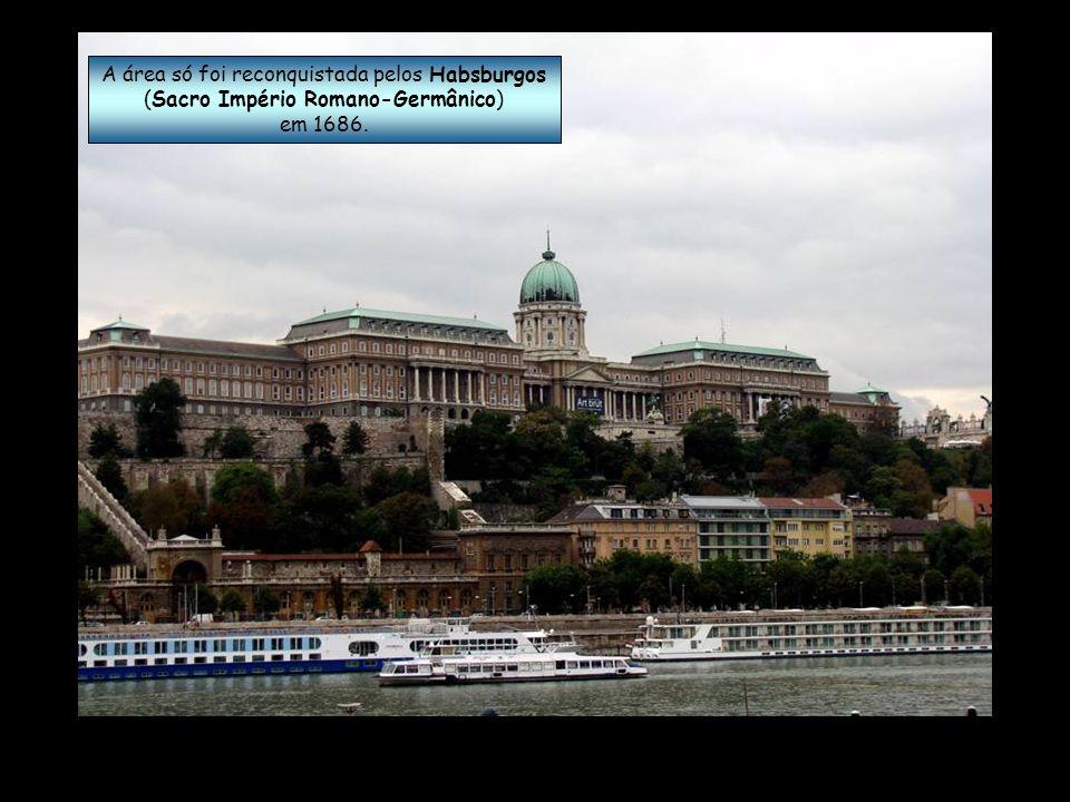 Em 1541 Buda e Peste caíram sob domínio do Império Otomano.