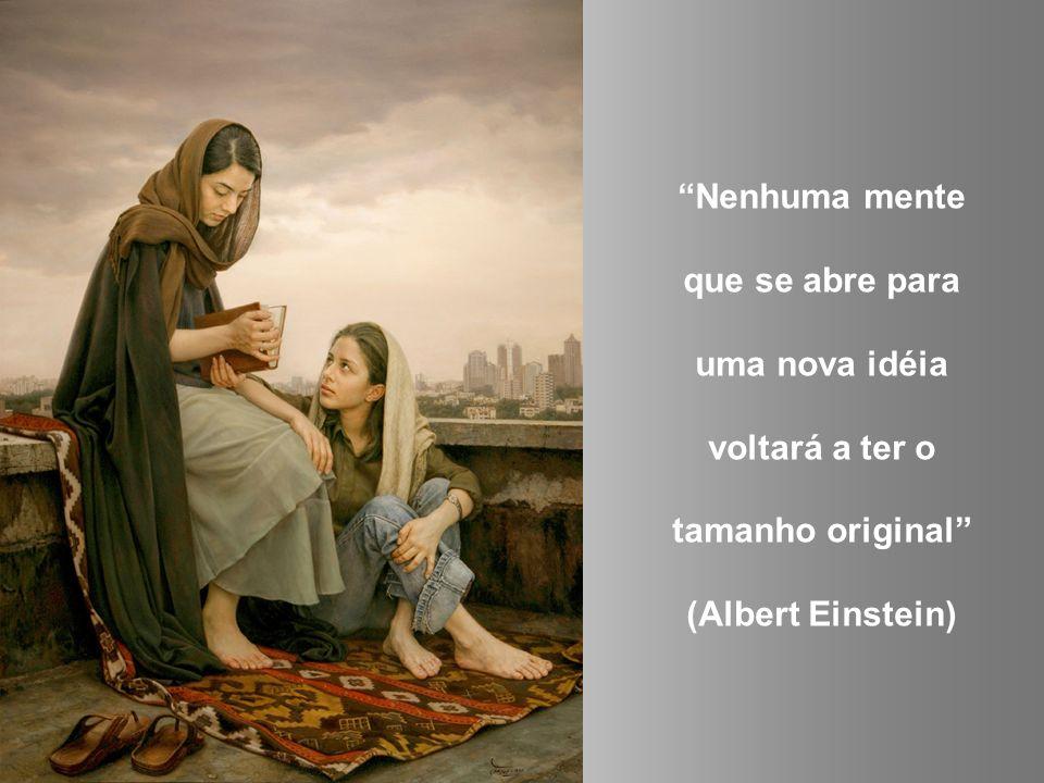 Não devemos permitir que alguém saia da nossa presença sem se sentir melhor e mais feliz (Madre Teresa de Calcutá)