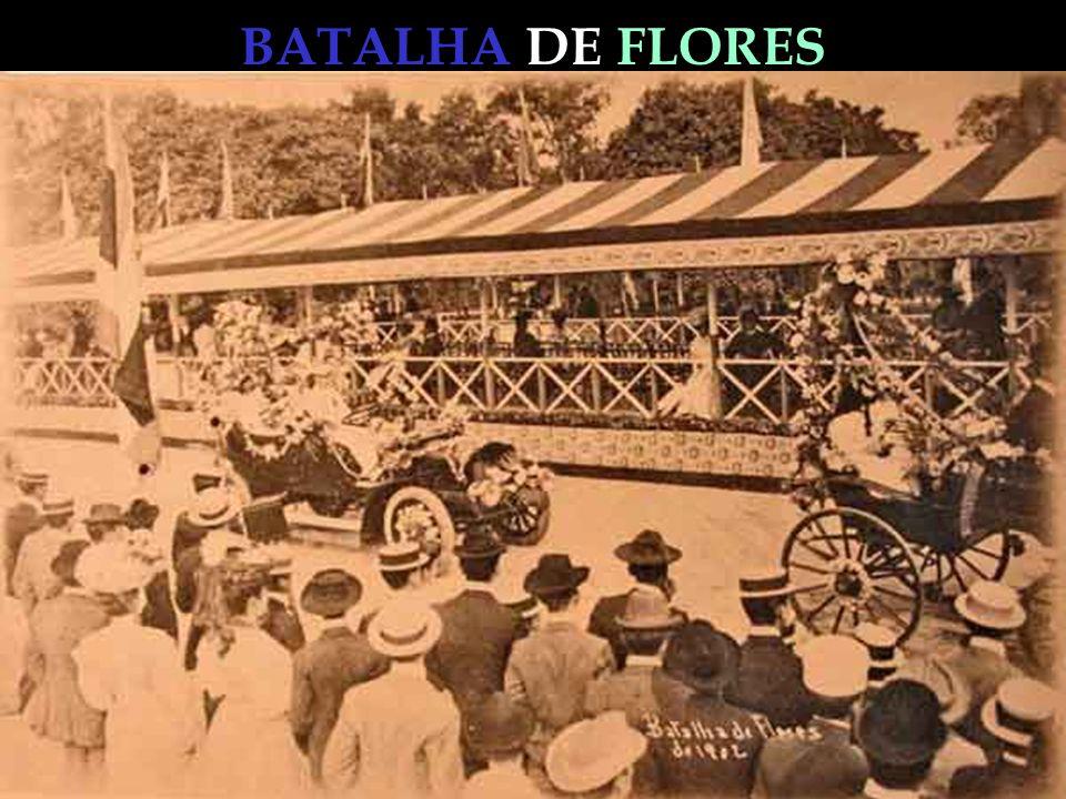 BATALHA DE FLORES Houve a reunião, fez-se o programa e a primeira dessas festas, tão animada, elegante e alegre quanto as famosas batalhas de flores de Nice, Viena e Paris, teve lugar no dia 15 de agosto.