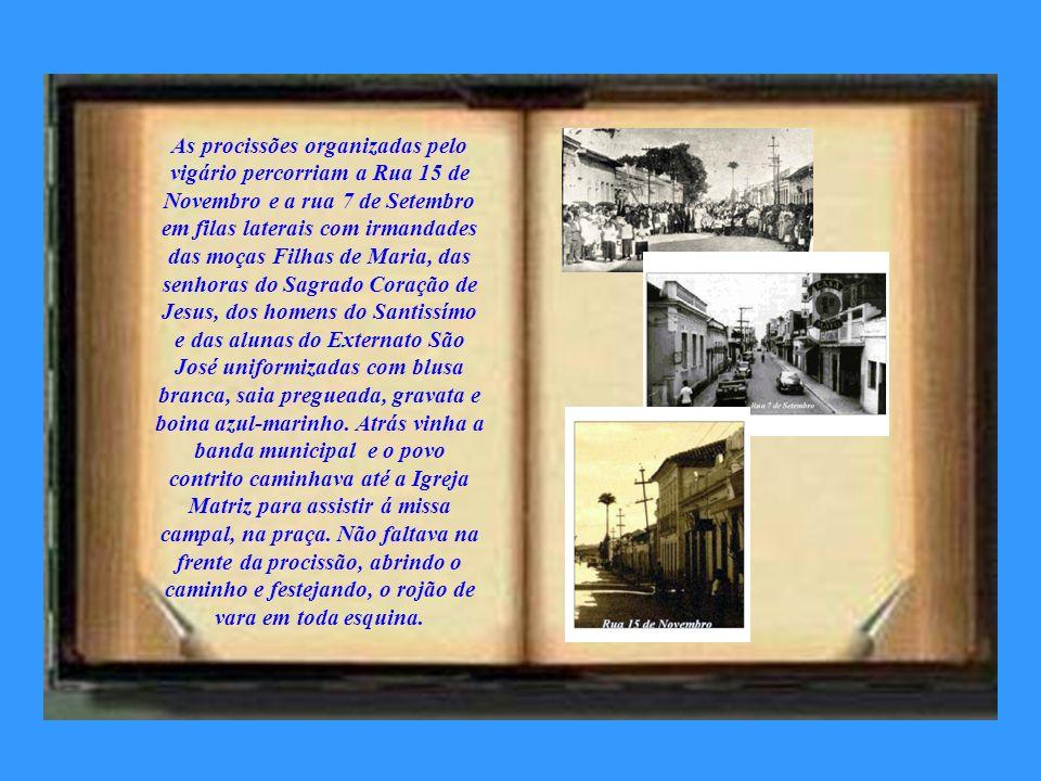Em 1930, a Igreja Matriz (velha) foi demolida. As paredes eram de taipa, hoje só existe a Igreja São Benedito, no centro. O vigário, Padre José Montei
