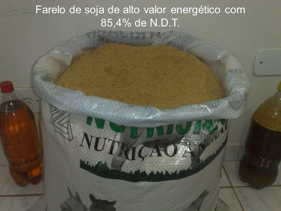 Farelo de soja de alto valor energético com 85,4% de N.D.T.