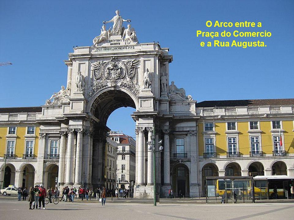 A Praça do Comercio.