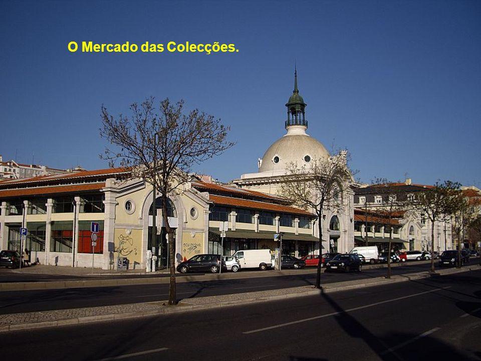 A Câmara Municipal.