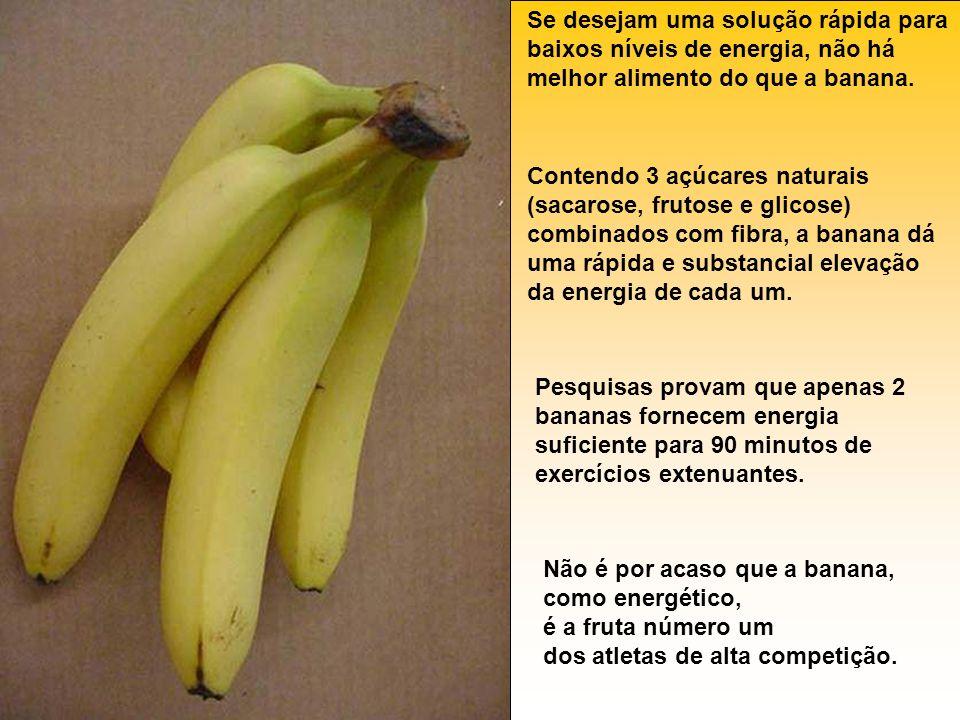 Se desejam uma solução rápida para baixos níveis de energia, não há melhor alimento do que a banana. Contendo 3 açúcares naturais (sacarose, frutose e