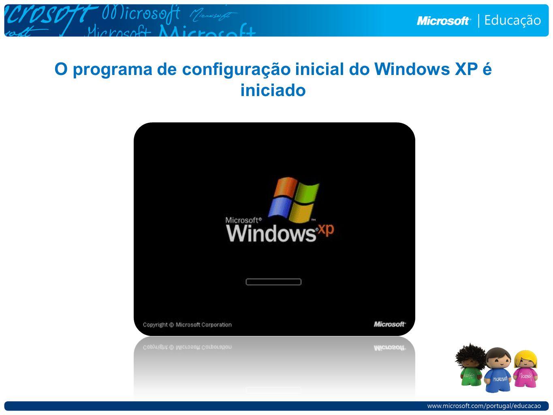 O programa de configuração inicial do Windows XP é iniciado